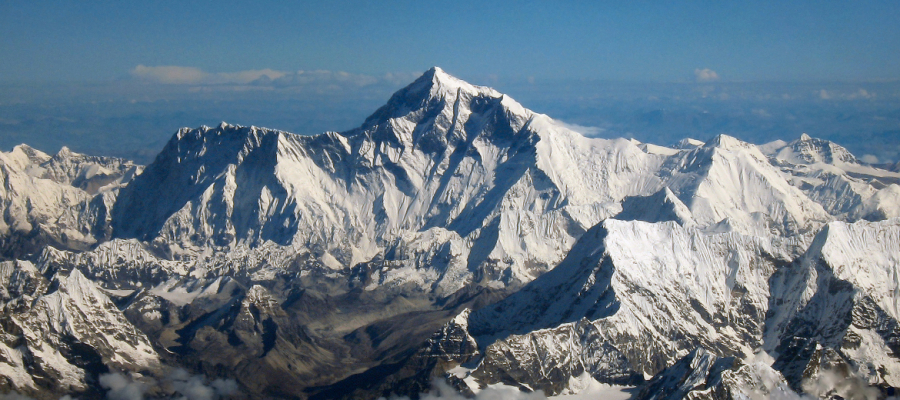 A vista continua linda do topo do mundo – Everest